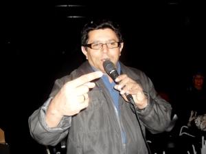 Cantor Dedé Florêncio elogiando  Radialista Luiz Wilson da  Rádio Imprensa FM, de São Paulo thumbnail